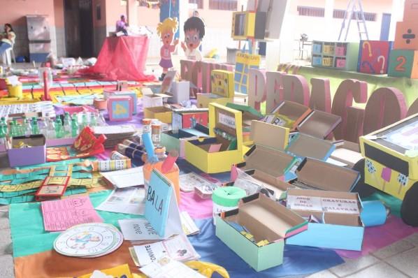 Secretaria de Educação promove oficina pedagógica para capacitação de professores da Rede Municipal